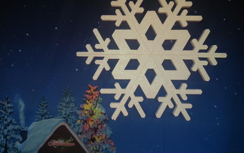 kæmpe snefnug med glimmer til dekoration