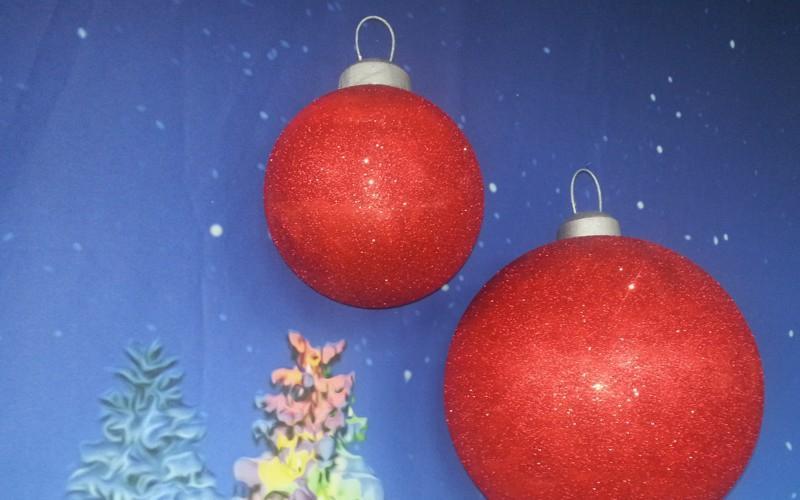 Kæmpe store julekugle til dekoration i centre, hoteller, lobbyer m.m.