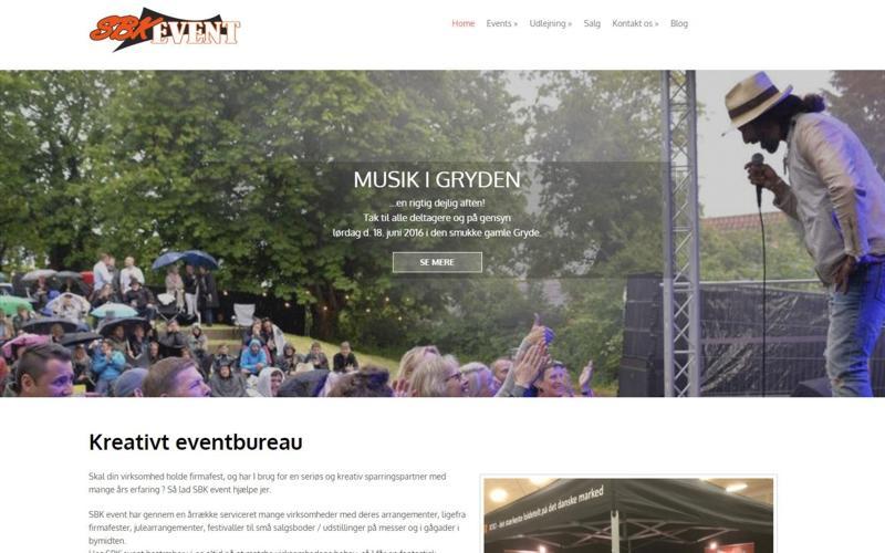 traditionel responsivt webside design med menu i top