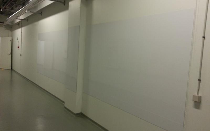 whiteboard tavle i tynd magnetisk stålplade
